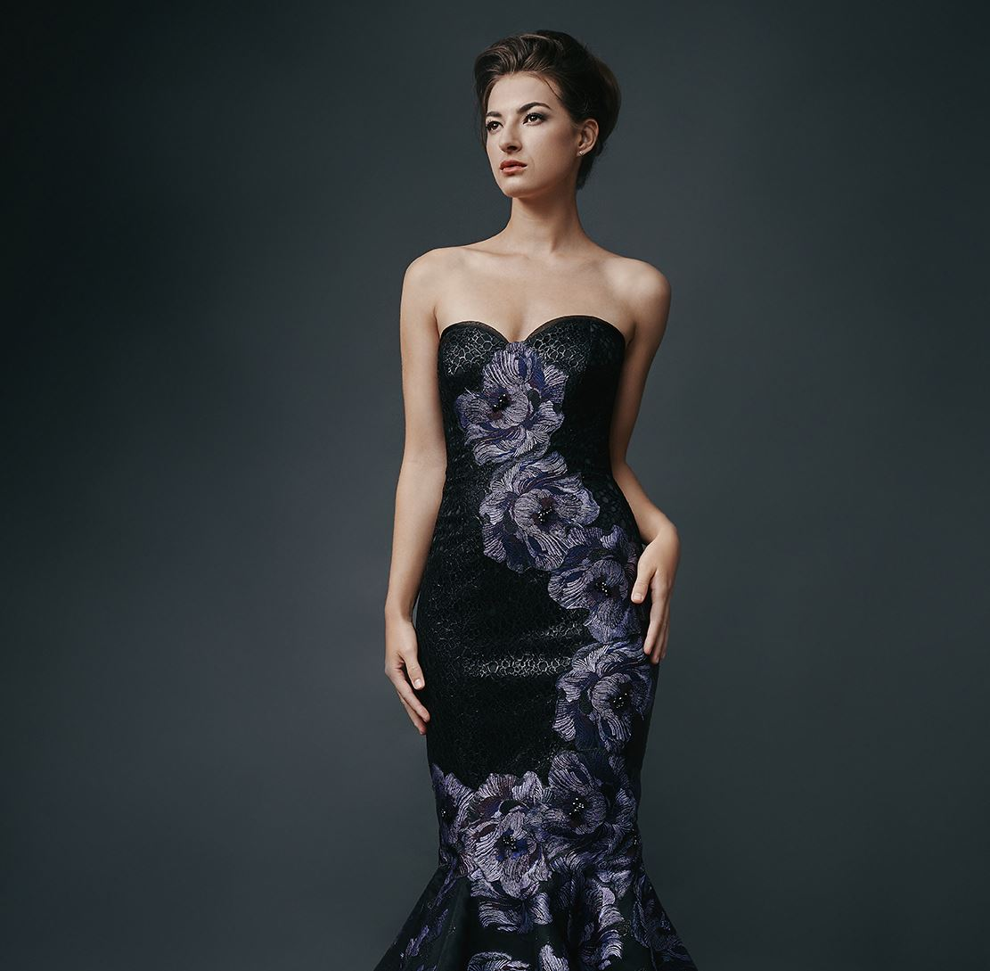 Alex Teih Couture Evening Wear Trunk Show Main Image